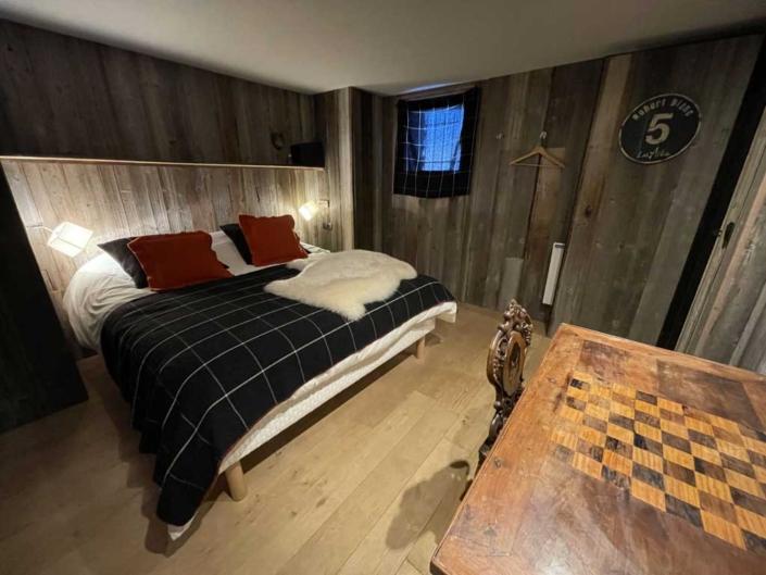 Chalet-de-l-Arbalette-les-Arcs-1600-location-montagne-chambre