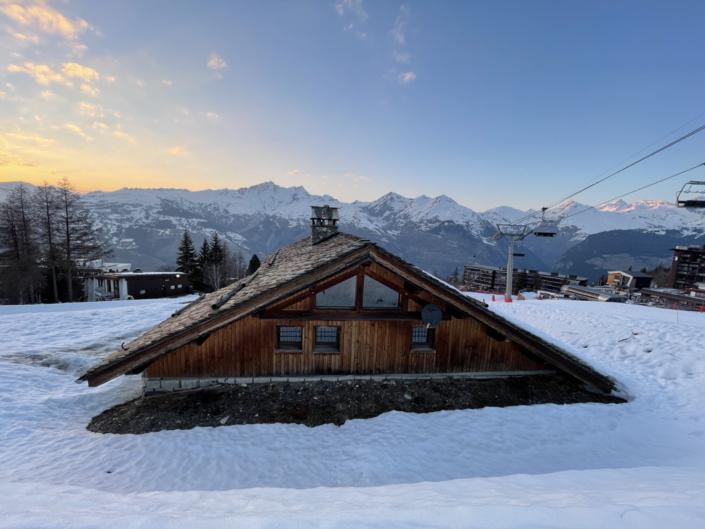 Location-Chalet-Montagne-Prestige-Chalet-de-l-Arbalette-Les-Arcs-1600-Savoie-vue-arriere